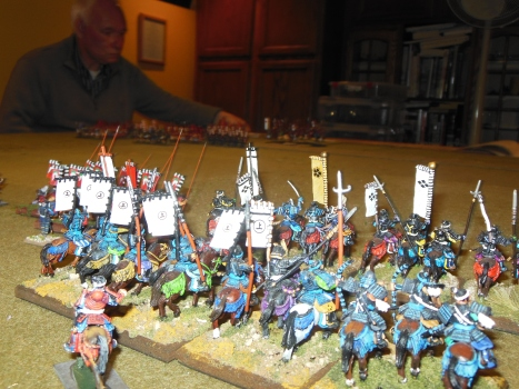 Del moves his forces towards Rick's troops